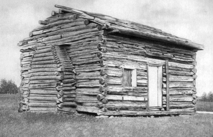 Abraham Lincoln nasceu em um barraco como esse, no ano de 1809.