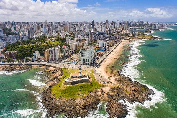 Salvador, capital do estado da Bahia, foi a primeira sede do governo brasileiro.
