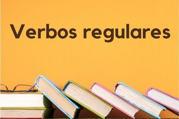 Os verbos regulares apresentam uma estrutura fixa e previsível.