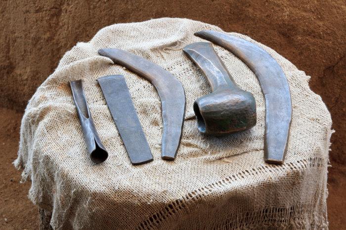 Alguns objetos de bronze fabricados na Idade dos Metais, a última fase da Pré-História.