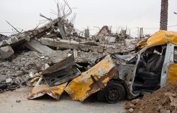 Destruição na Faixa de Gaza depois de um bombardeio israelense.[1]