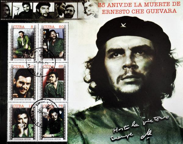 Foto que recorda os 35 anos da morte de Ernesto Che Guevara. Ao lado de Fidel, ele foi outro líder importante e conhecido da Revolução Cubana. [2]