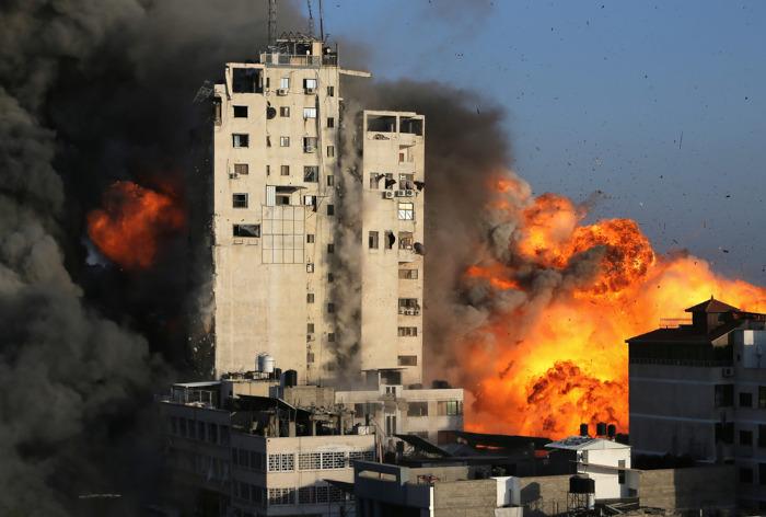 A Palestina é uma das regiões mais conflituosas do globo. Os embates militares com Israel são frequentes.[1]