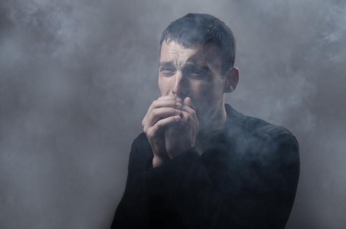 O monóxido de carbono é muito sufocante e nocivo à saúde humana.