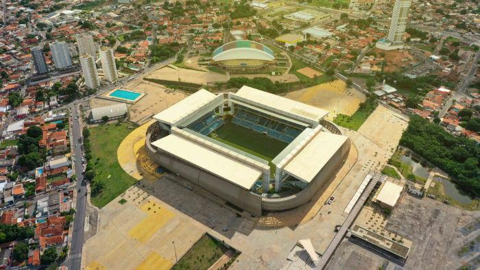 Vista aérea da Arena Pantanal, na cidade de Cuiabá.
