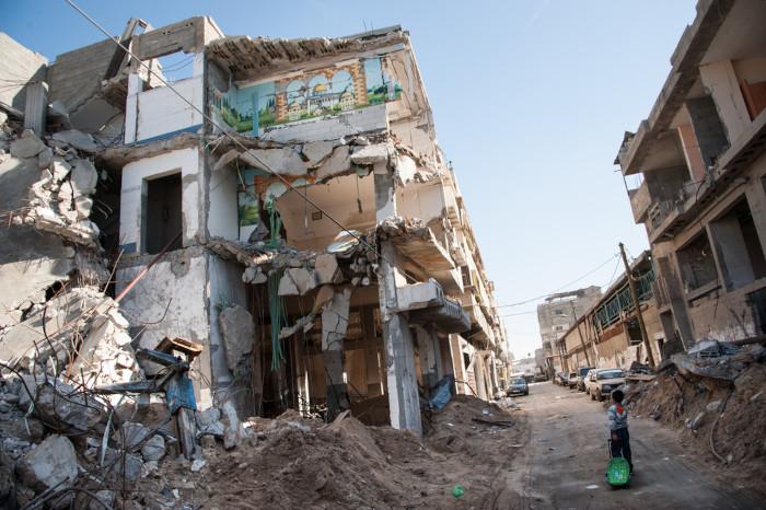 Prédios destruídos na Faixa de Gaza.