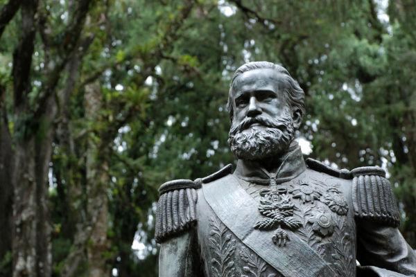 Com o golpe da maioridade, d. Pedro II tornou-se imperador do Brasil, em 1840, com apenas 14 anos. Seu reinado se estendeu até 1889.