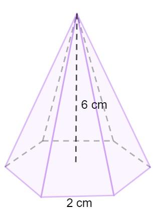 Pirâmide de base hexagonal.