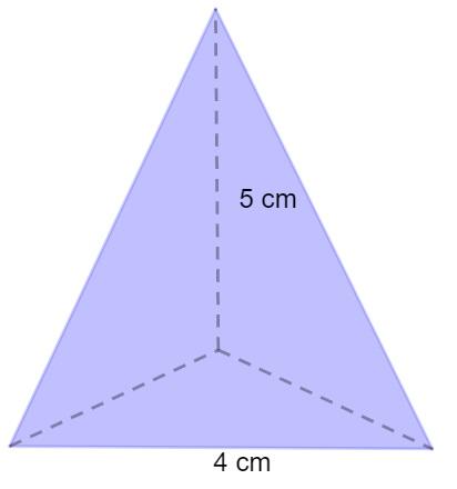 Pirâmide de base triangular.