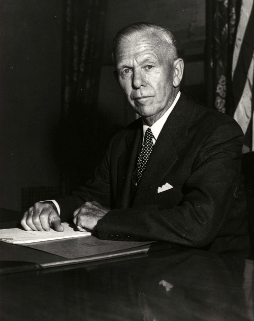 George Marshall, idealizador do plano de recuperação europeia pós-guerra. [1]