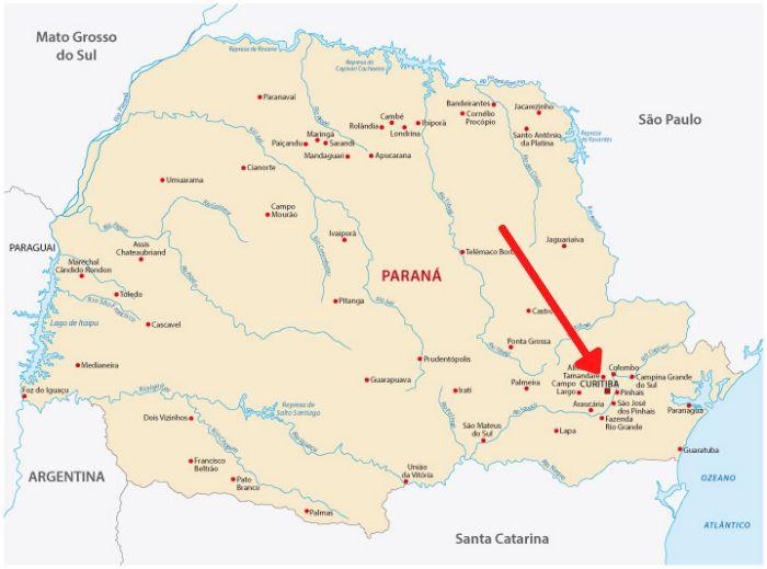 Mapa do Paraná com destaque à cidade de Curitiba.