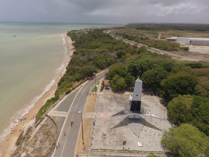Foto aérea da Ponta do Seixas, ponto extremo-leste do Brasil.
