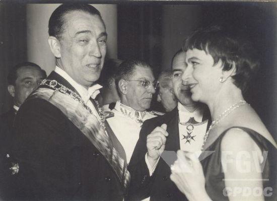 Juscelino Kubitschek foi um importante político de Minas Gerais e presidente do Brasil, de 1956 a 1961.[1]