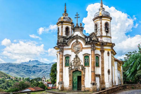 O projeto arquitetônico da Igreja São Francisco de Assis, em Ouro Preto, foi elaborado por Aleijadinho