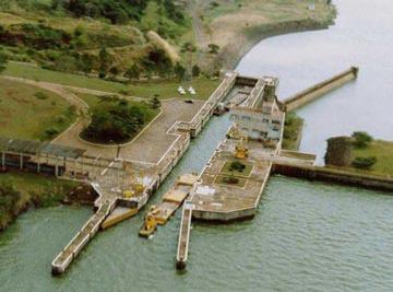 Eclusa em operação na Hidrovia Tietê-Paraná ³