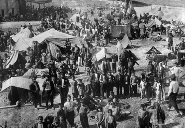 Um dos mais de 25 campos de concentração a céu aberto, onde dezenas de milhares de armênios foram assassinados