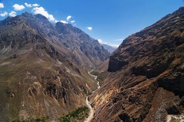 Cânion Colca, no Peru, o cânion mais profundo do mundo