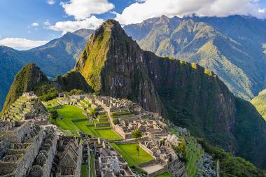 Machu Picchu (Peru). Paisagem localizada nas montanhas da Cordilheira dos Andes
