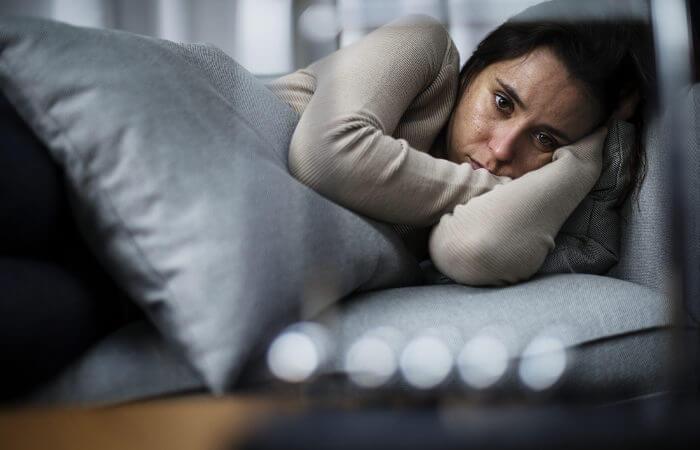 Acredita-se que em pacientes com depressão haja uma redução dos níveis de certos neurotransmissores.