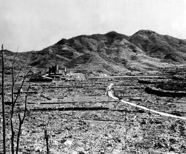 Retrato da destruição em Nagasaki após o lançamento da bomba atômica, ocorrido em 9 de agosto de 1945
