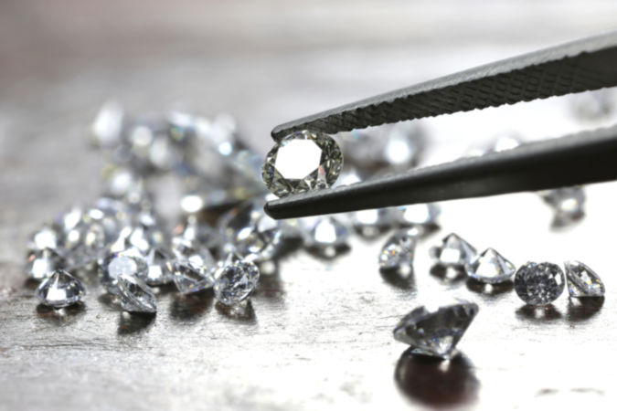 O diamante, um dos alótropos do carbono, é um dos materiais mais valiosos do mundo.
