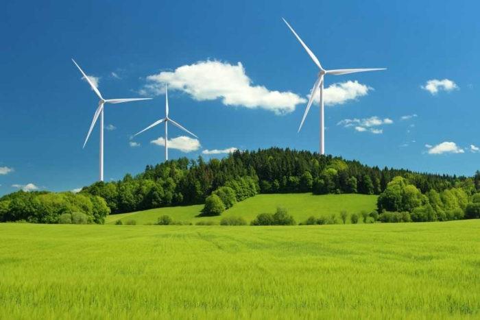 A energia eólica é obtida por meio dos chamados aerogeradores.