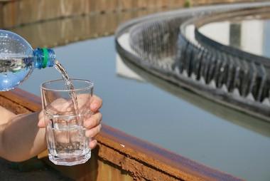 É nas estações de tratamento de água que se obtém a maior parte da água de consumo da sociedade