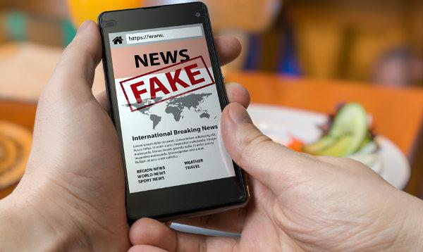 As chances de uma notícia falsa ser repassada são bem maiores que as de uma notícia verdadeira.
