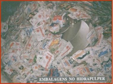 Hidrapulper com embalagens longa vida pós-consumo