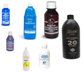 Água oxigenada guardada em frascos escuros e opacos
