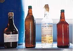 Venda clandestina de bebidas contaminadas com metanol leva à morte