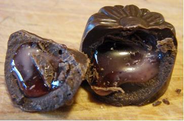 Recheio de chocolate é líquido em razão do uso de açúcar invertido.