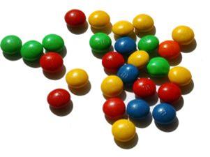 Os corantes sintéticos são usados na indústria alimentícia