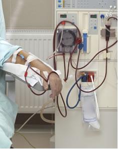 Paciente fazendo hemodiálise