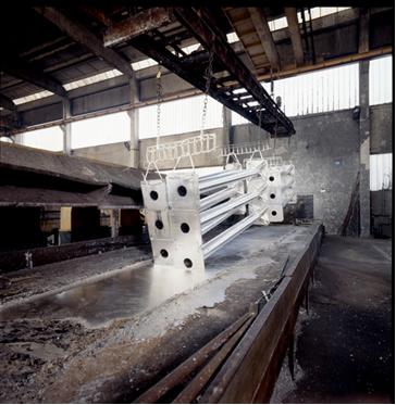 Eletrodeposição metálica de zinco sobre peça (processo de galvanização)