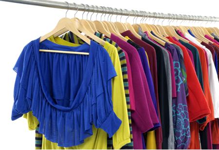 Os poliésteres são utilizados na fabricaçaõ de fibras têxteis como o tergal