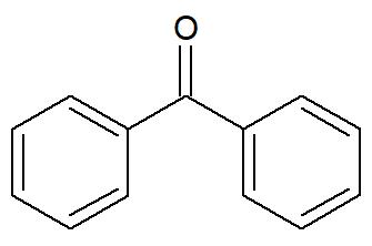 Fórmula estrutural de um aromático isolado por um grupo funcional de cetona