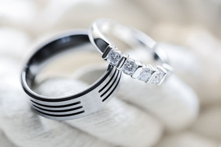A platina é utilizada na manufatura de joias