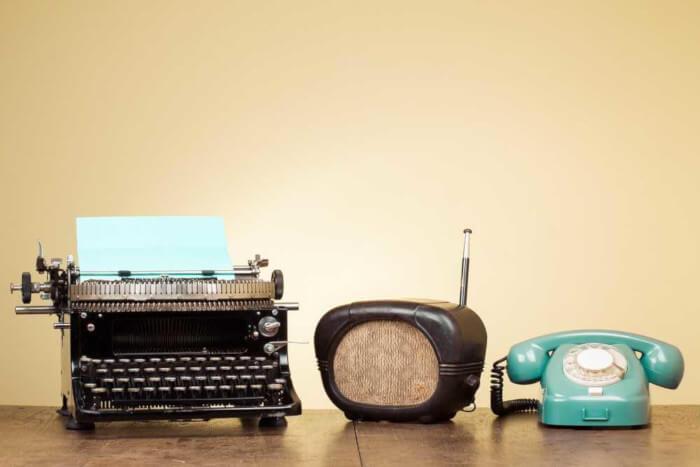 Meios de comunicação antigos