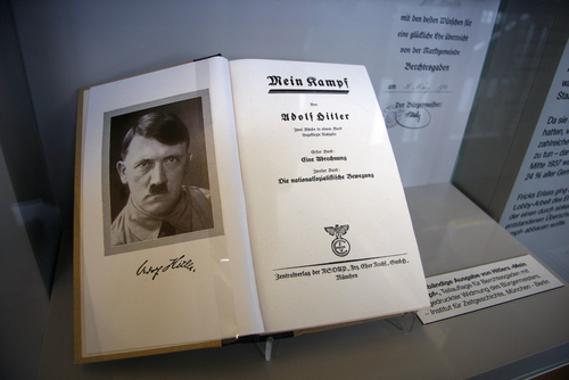 """No livro """"Minha Luta"""", Hitler desenvolveu todas as ideias que deram corpo à ideologia nazista"""