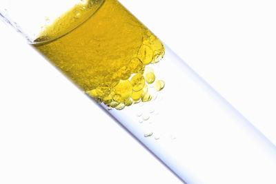Dissolução fracionada da mistura formada por óleo e nitrato