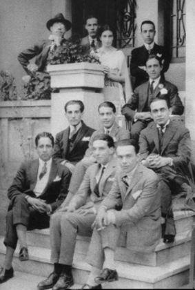 Na fotografia, entre outros modernistas, Mário de Andrade e Guilherme de Almeida