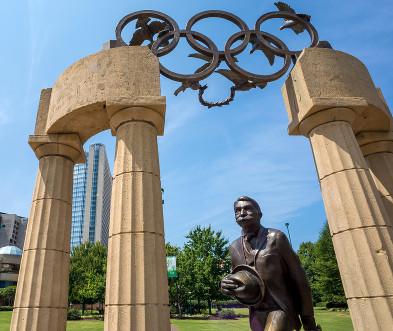 Monumento em homenagem a Pierre de Coubertin em Atlanta, sede das Olimpíadas de 1996