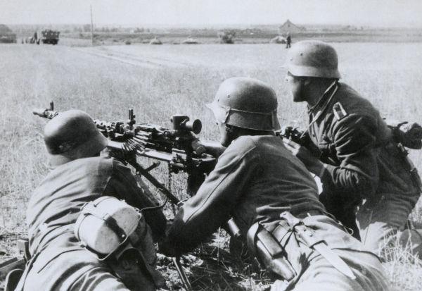 Soldados alemães durante a Operação Barbarossa, em 1941
