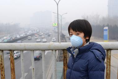 Algumas cidades ficam com o ambiente atmosférico muito poluído