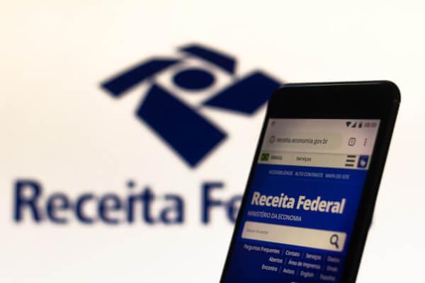 Laranjas podem ser utilizados para a sonegação de impostos à Receita Federal.