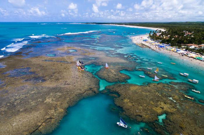 Pernambuco representa um dos litorais mais belos do país.