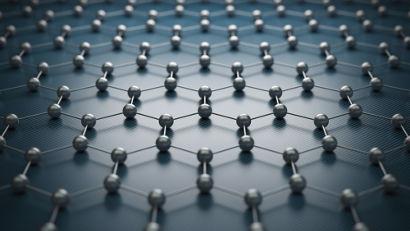 O grafeno é um alótropo cristalino bidimensional do carbono e tem incríveis propriedades físicas.