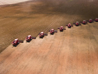 Cultivo mecanizado de soja no estado de Mato Grosso, principal produtor nacional *