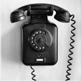 Telefone feito de baquelite (polifenol)